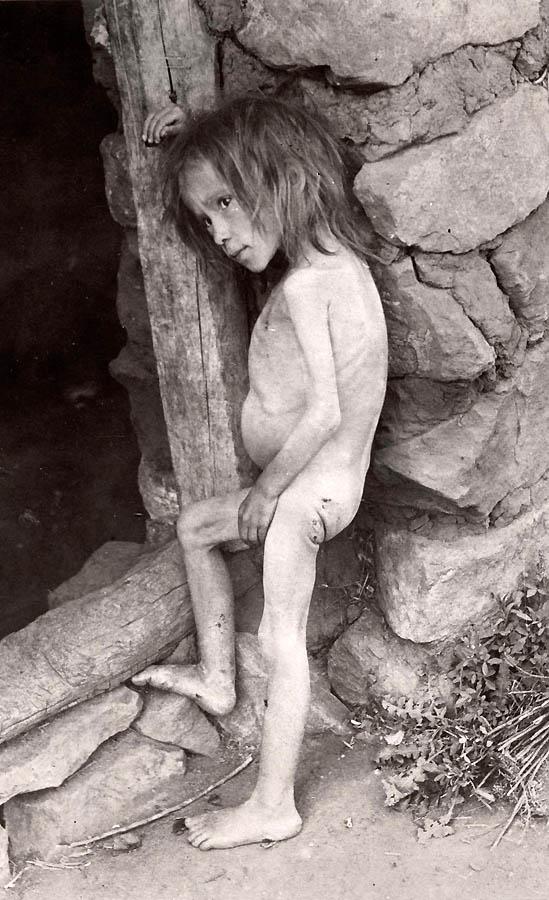 2250 Россия во мгле: 1921 1923 годы глазами западных фотокорреспондентов