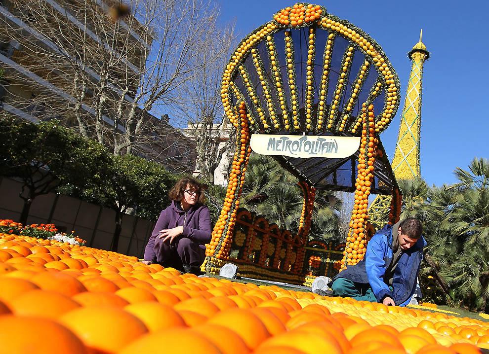 2287 Цитрон   лимонный фестиваль во Франции