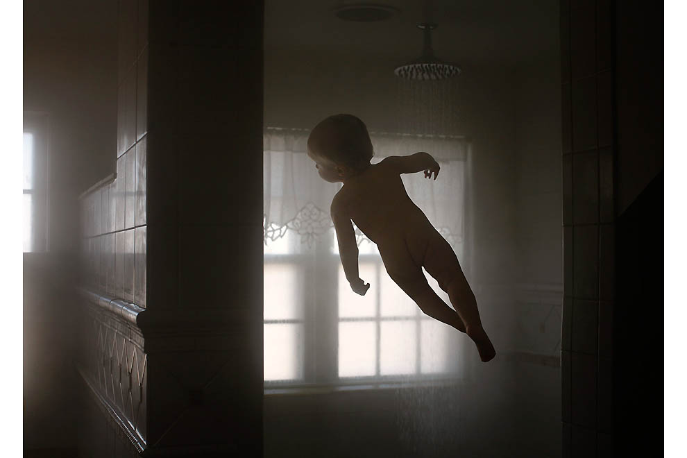 2306 Летающий ребенок