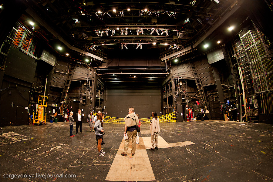 2415 Сиднейский оперный театр