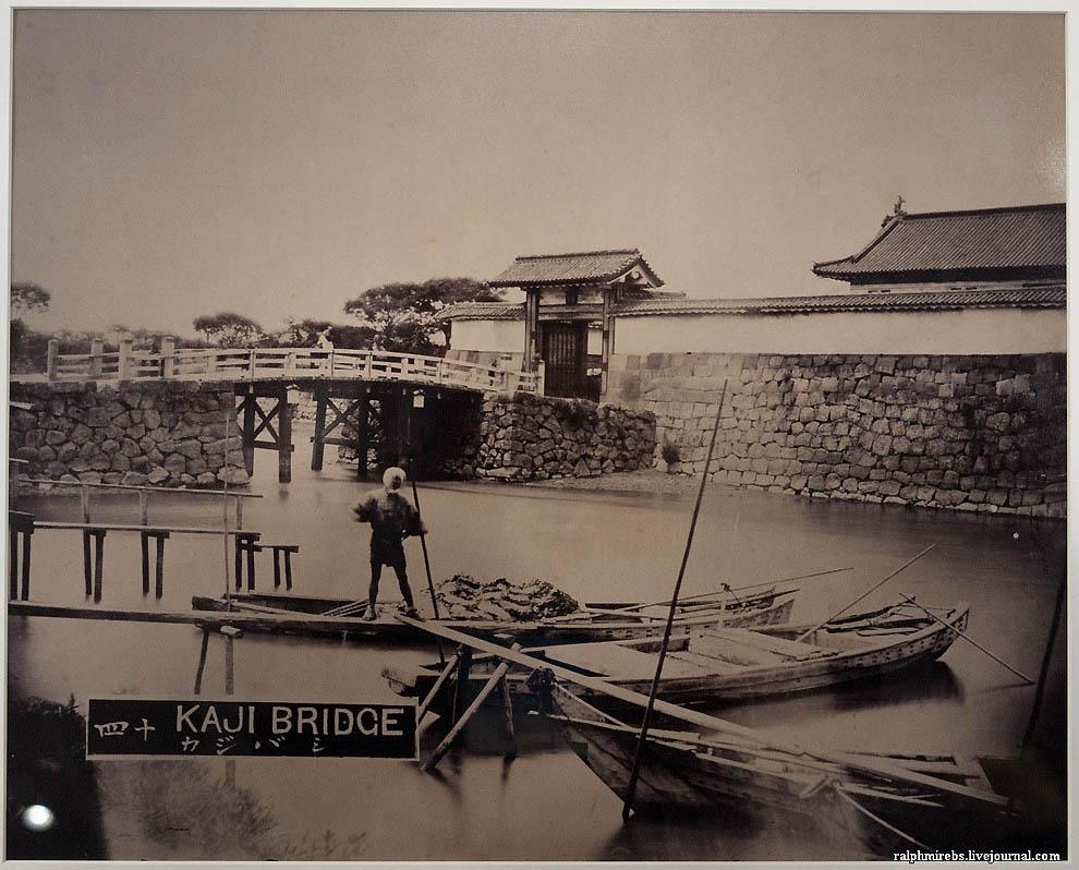 2442 Япония: Фотовыставка CPPlus 2012