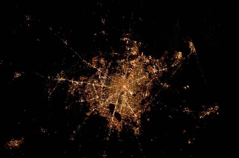 2643 Ночные города. Вид из космоса.