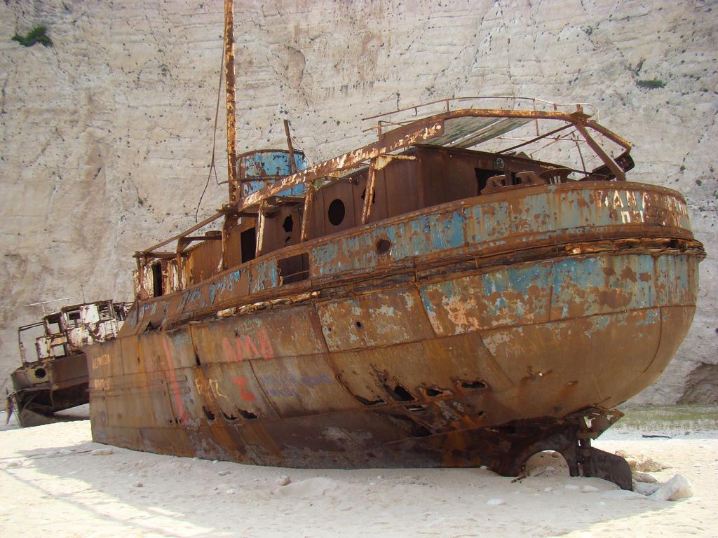 2730 Живописные последствия кораблекрушений