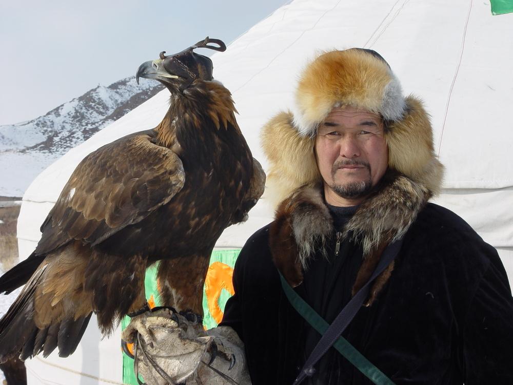 2732 Фоторепортаж с соревнований по охоте с ловчими птицами