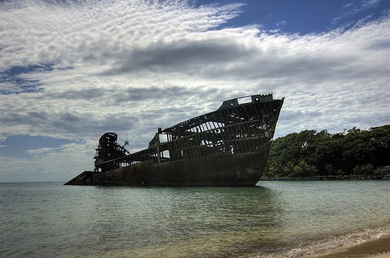 2927 Живописные последствия кораблекрушений