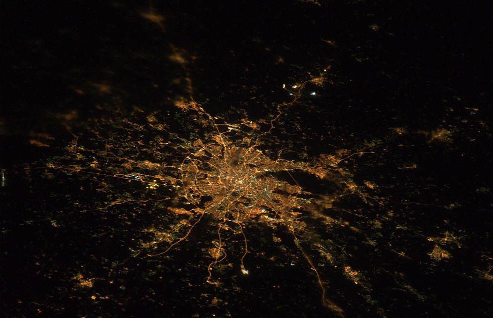 2939 Ночные города. Вид из космоса.