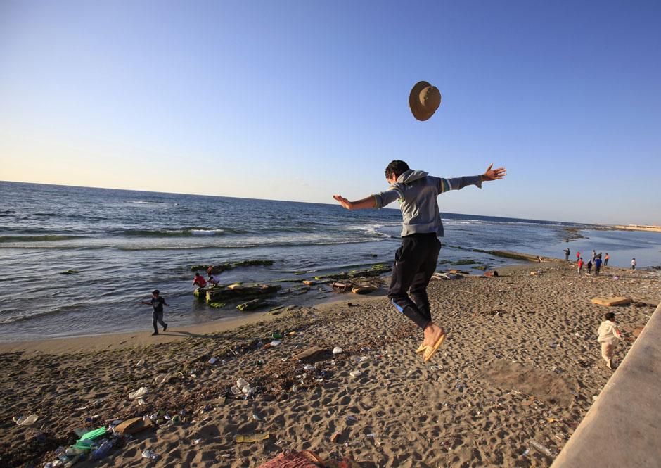 3104 Дневник фотографа: Зора Бенсемра арабская женщина фотокорреспондент