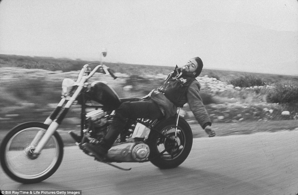 316 Фотографии байкерского клуба Ангелы ада, 1965 год