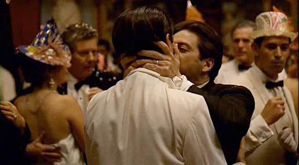 3227 Cамые известные поцелуи