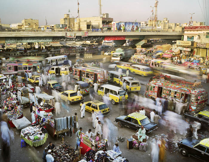 345.Work in Progress Karachi Суматоха больших городов в фотопроекте Metropolis