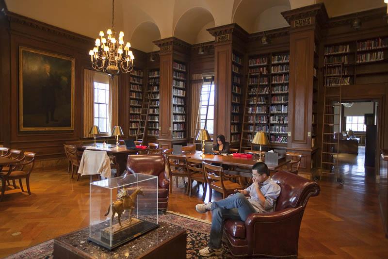 369 15 самых красивых библиотек мира
