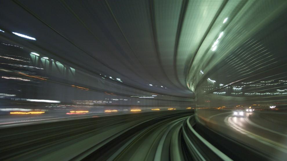 412 990x556 Японские поезда: Как поймать скорость?