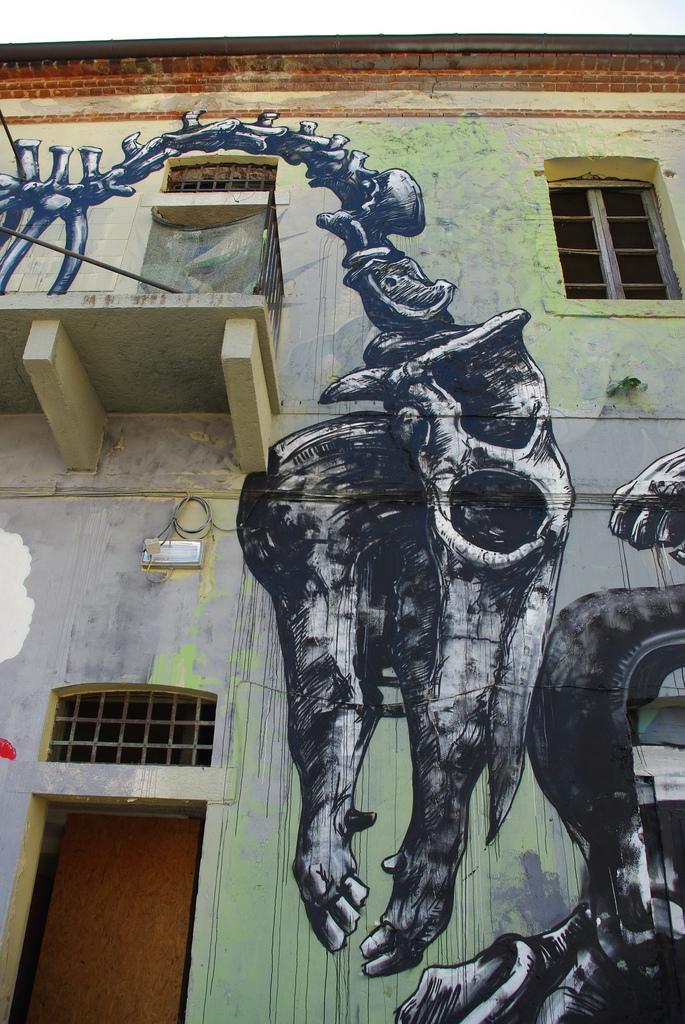 42200000 Животный стрит арт от бельгийского граффитчика ROA