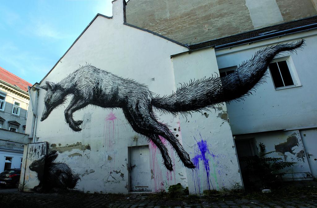 45100000 Животный стрит арт от бельгийского граффитчика ROA