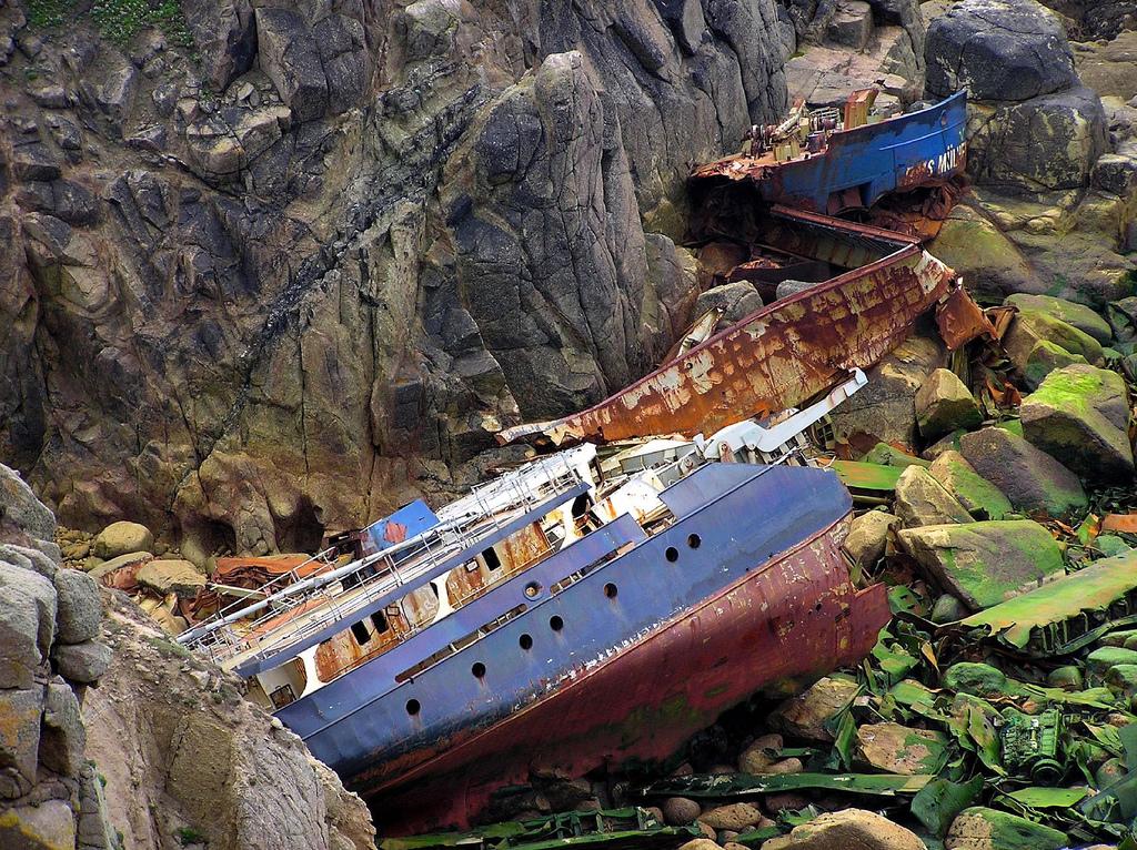5101 Живописные последствия кораблекрушений