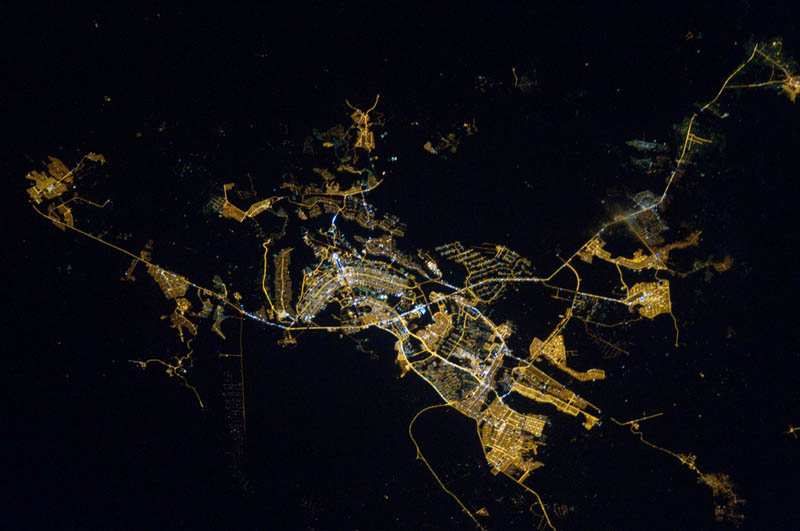 5140 Ночные города. Вид из космоса.