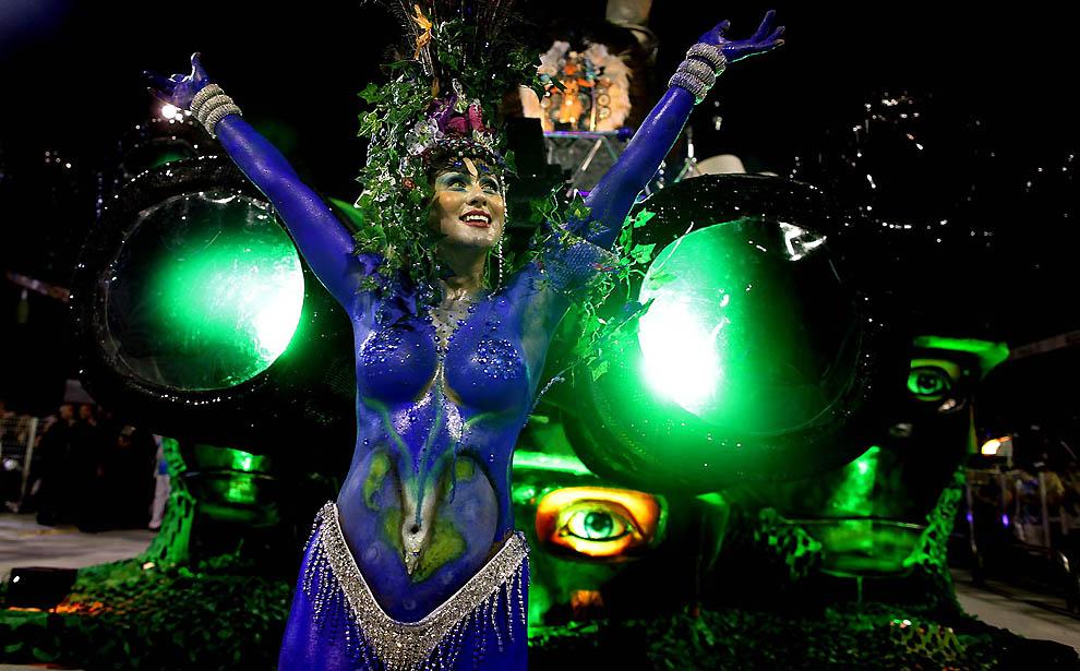 5153 Карнавал в Рио 2012