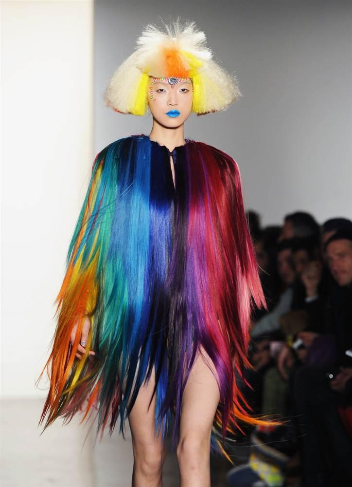 5159 Странные наряды на Нью йоркской неделе моды