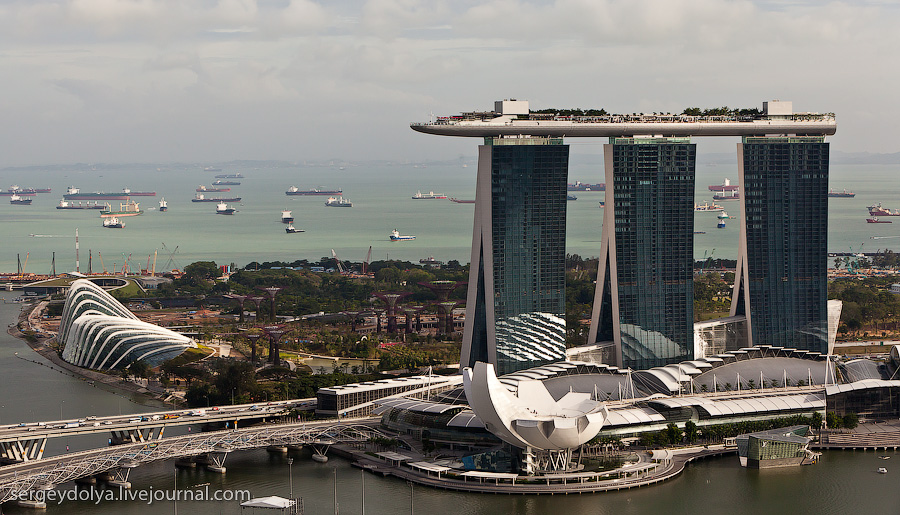 528 Сингапур