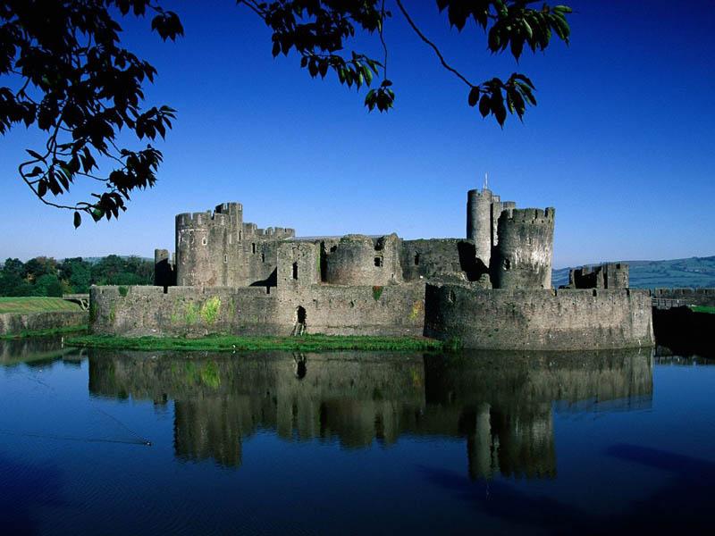 549 Замки на воде или 20 самых красивых замковых рвов в мире