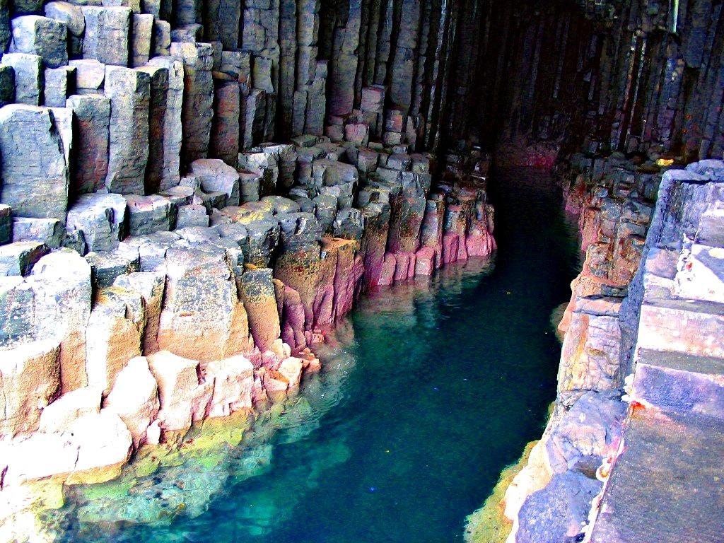 5876071489 09df9832df b Поющая пещера Фингала