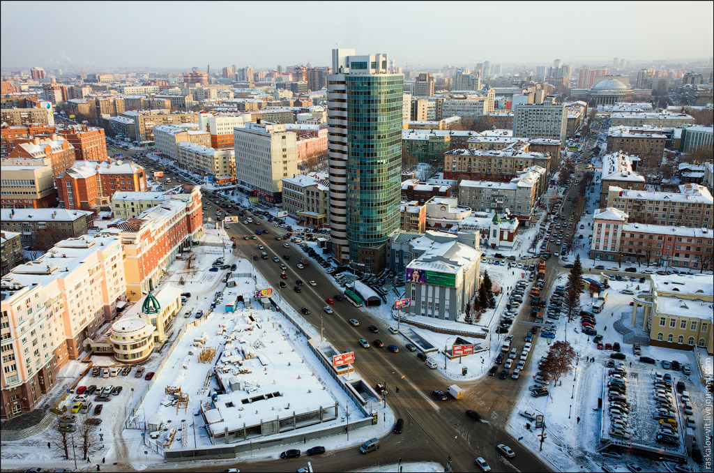 599 Высотный Новосибирск от Виталия Раскалова