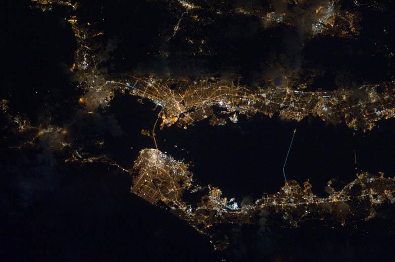 6122 Ночные города. Вид из космоса.