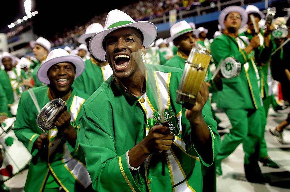 6132 Карнавал в Рио 2012