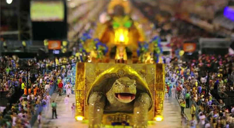 6182 Бразильский карнавал в тилт шифт объективе
