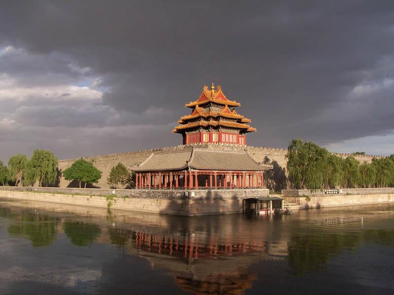 643 Замки на воде или 20 самых красивых замковых рвов в мире
