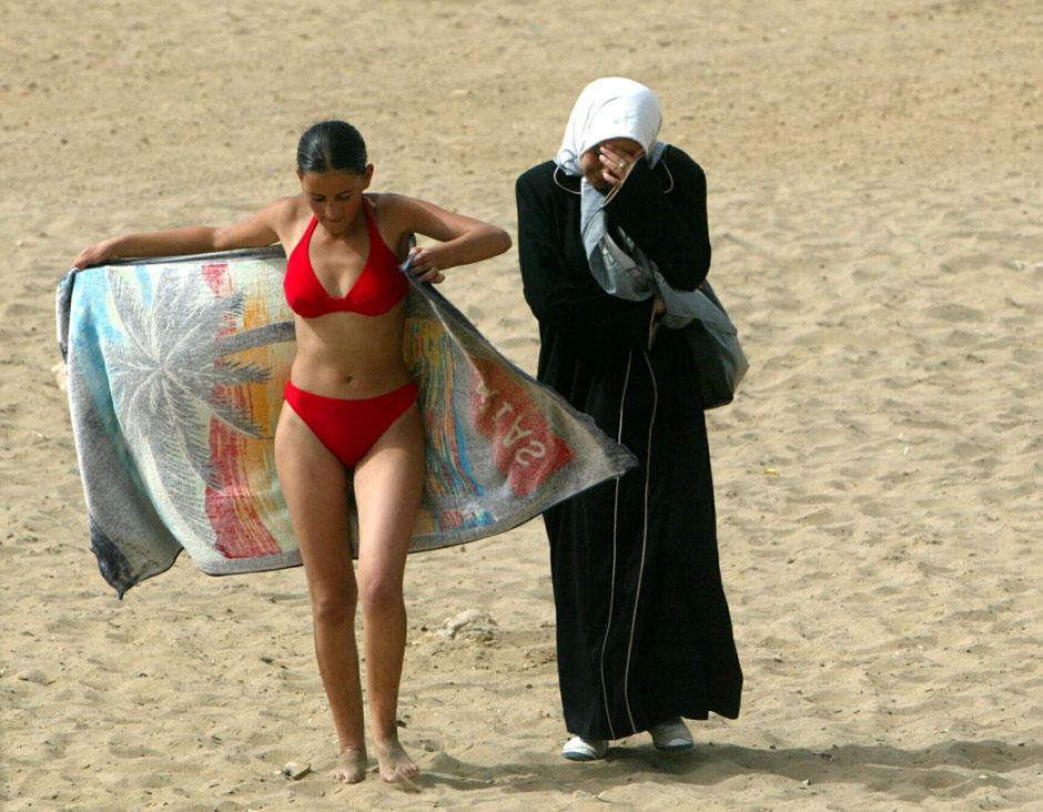 649 Дневник фотографа: Зора Бенсемра арабская женщина фотокорреспондент