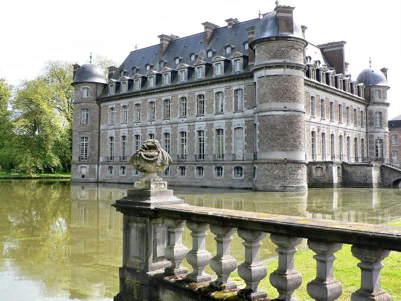 743 Замки на воде или 20 самых красивых замковых рвов в мире