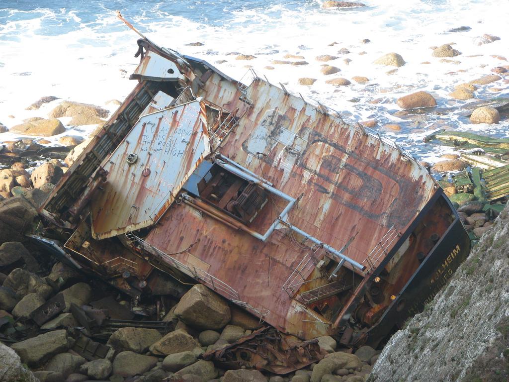 776 Живописные последствия кораблекрушений