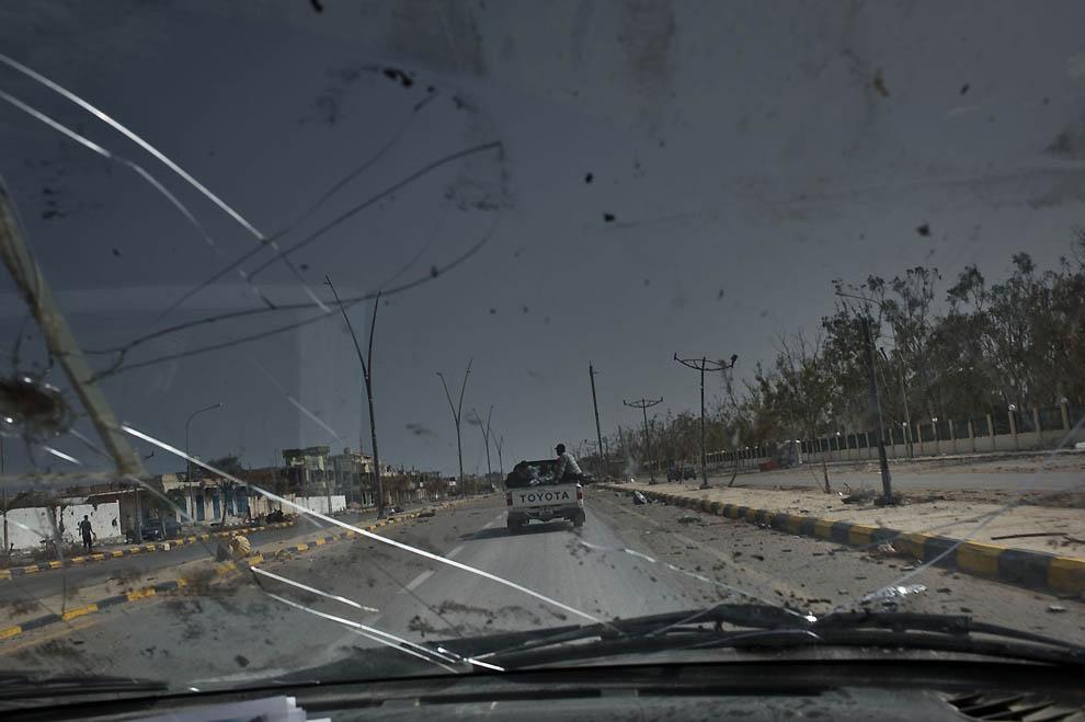 8137 В память о погибшем в Сирии фотокорреспонденте Реми Ошлике