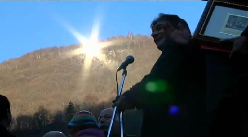 8140 Итальянская деревня строит гигантское зеркало, чтобы не оставаться без света 83 дня