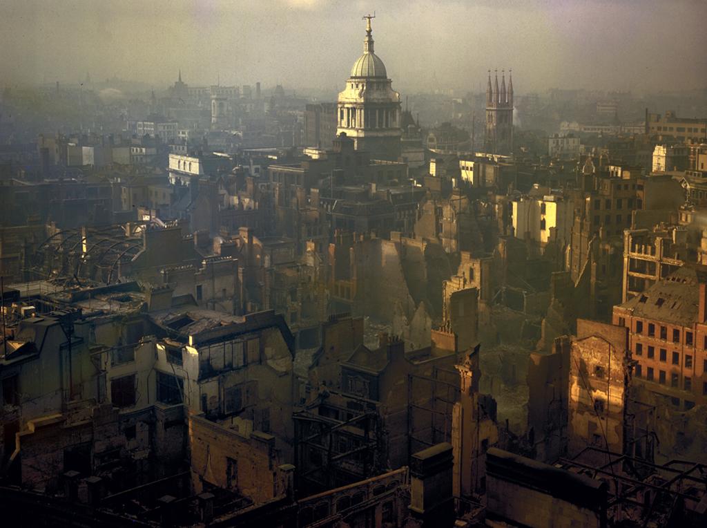 817 Цветные фото Лондона времен Второй мировой