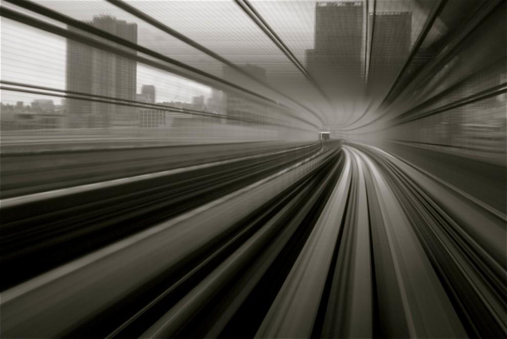 84 990x662 Японские поезда: Как поймать скорость?