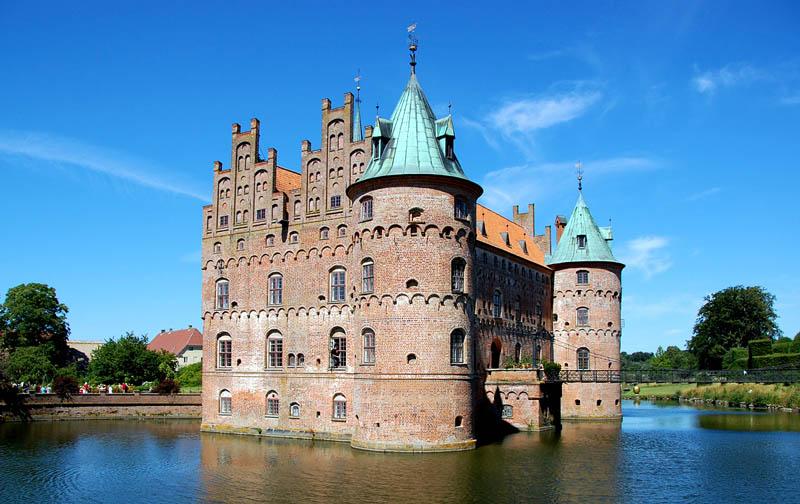 841 Замки на воде или 20 самых красивых замковых рвов в мире