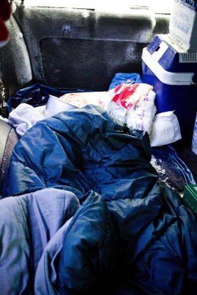 auto 005 Швед выжил после 2 месяцев, проведенных в заваленной снегом машине