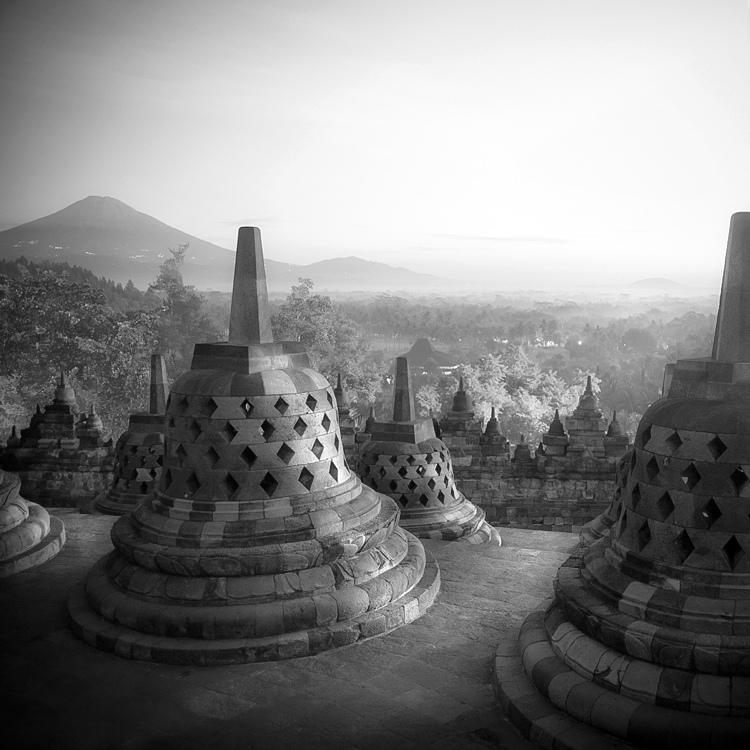 bandw03 Поэзия черно белой фотографии в работах Хенгки Коентжоро