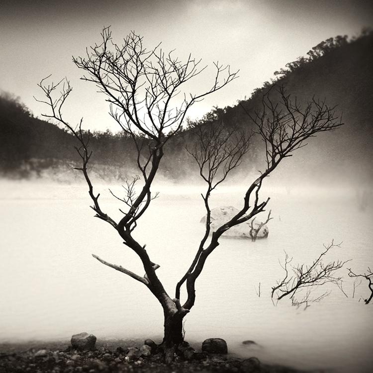 bandw05 Поэзия черно белой фотографии в работах Хенгки Коентжоро