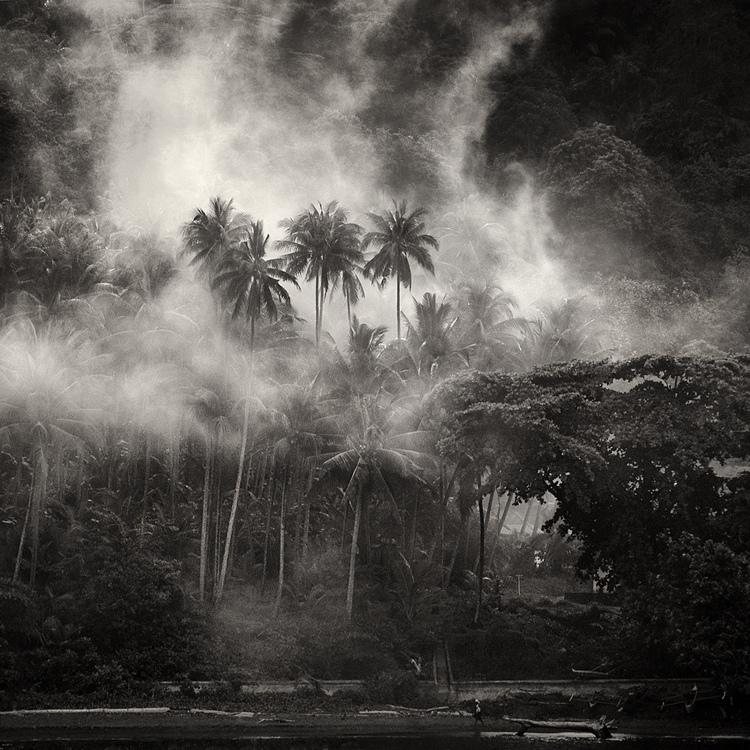 bandw23 Поэзия черно белой фотографии в работах Хенгки Коентжоро