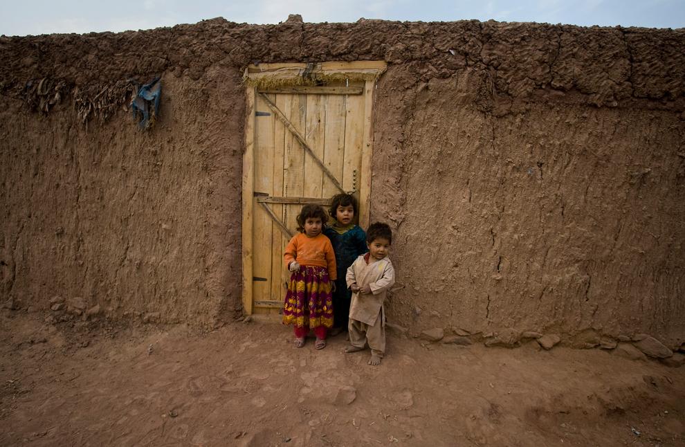 bp107 Жители трущоб в разных странах мира