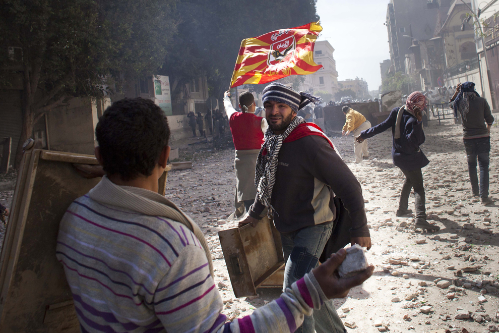 bp122 Египет: акции протеста после инцидента на футболе в Порт Саиде