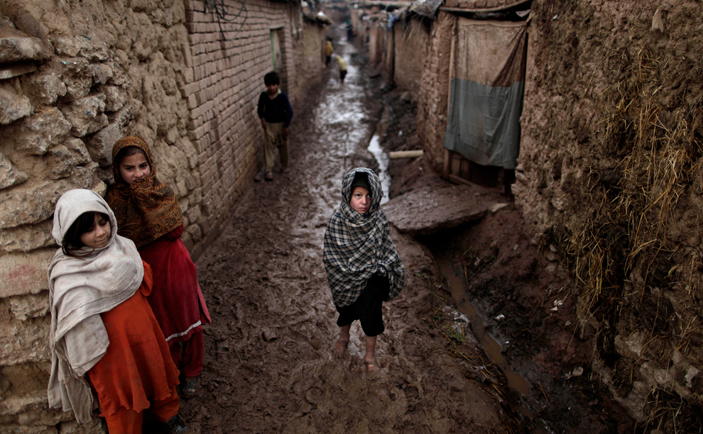 bp137 Жители трущоб в разных странах мира