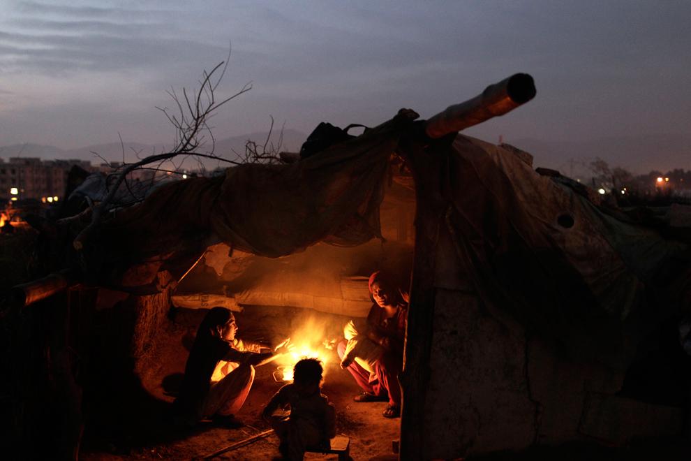 bp157 Жители трущоб в разных странах мира