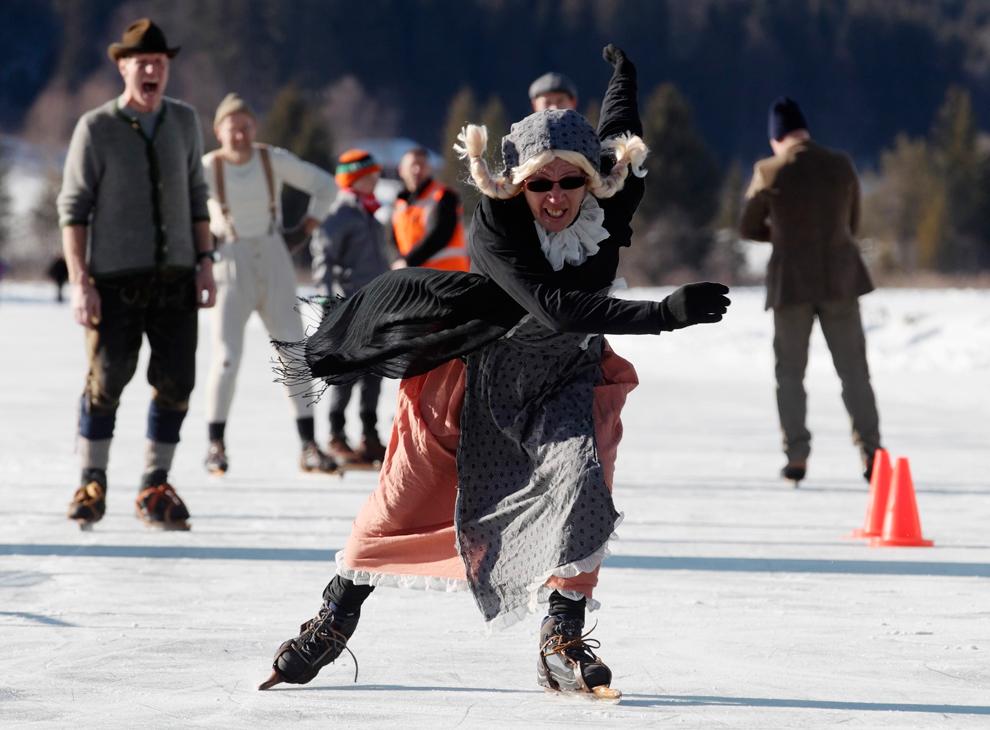 bp216 Весь мир катается на коньках