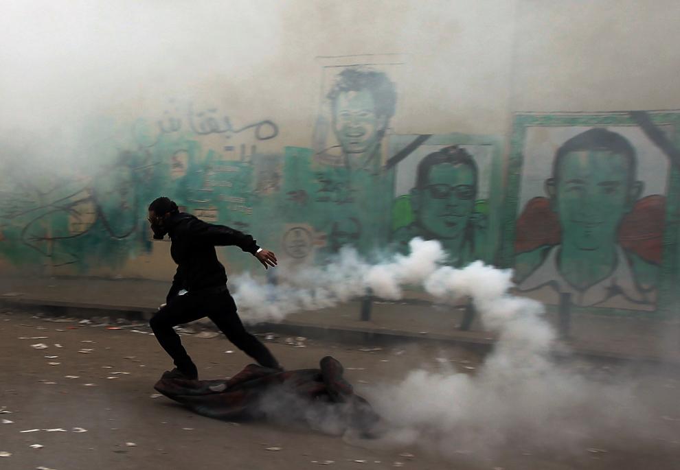 bp242 Египет: акции протеста после инцидента на футболе в Порт Саиде