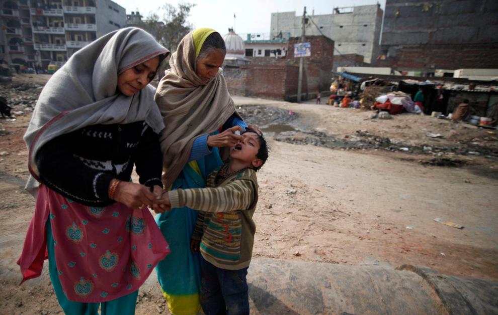 bp294 Жители трущоб в разных странах мира