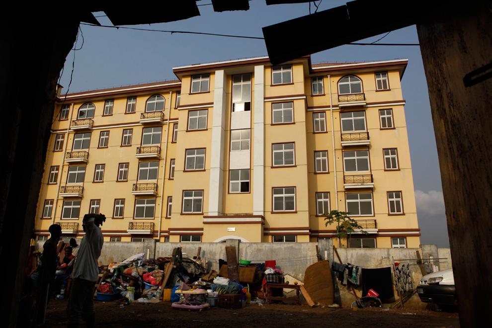bp551 Жители трущоб в разных странах мира